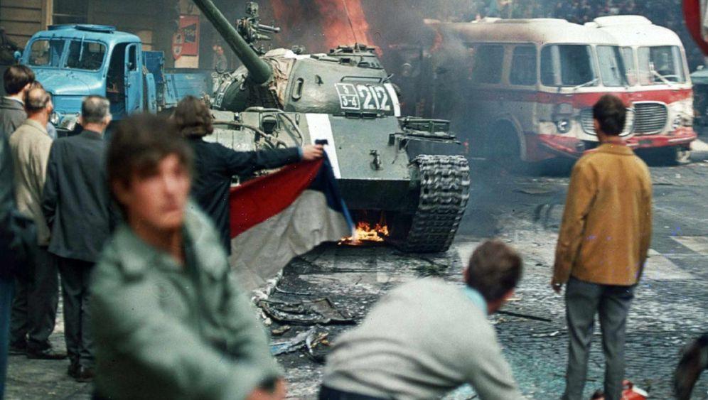 Menschen gegen Panzer: Für eine bessere Gesellschaft