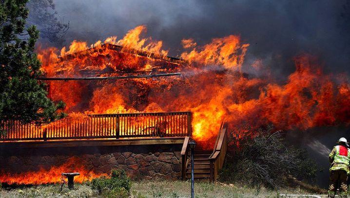 Brände in Colorado: Feuer greift auf Colorado Springs über