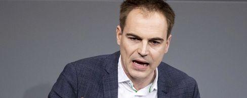 Gerhard Schick glaubt, Gabriel soll zum Cheflobbyisten der Deutschen Bank werden