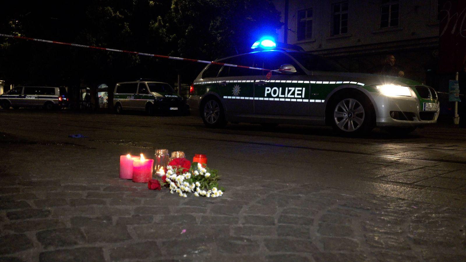 Mehrere Tote bei Messerattacke in Würzburger Innenstadt - Täter durch Polizeischüsse gestoppt Aktuelle Bilder von der A