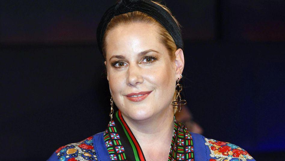 Drehbuchautorin Anika Decker möchte die Umsätze von Til Schweigers Filmen wissen
