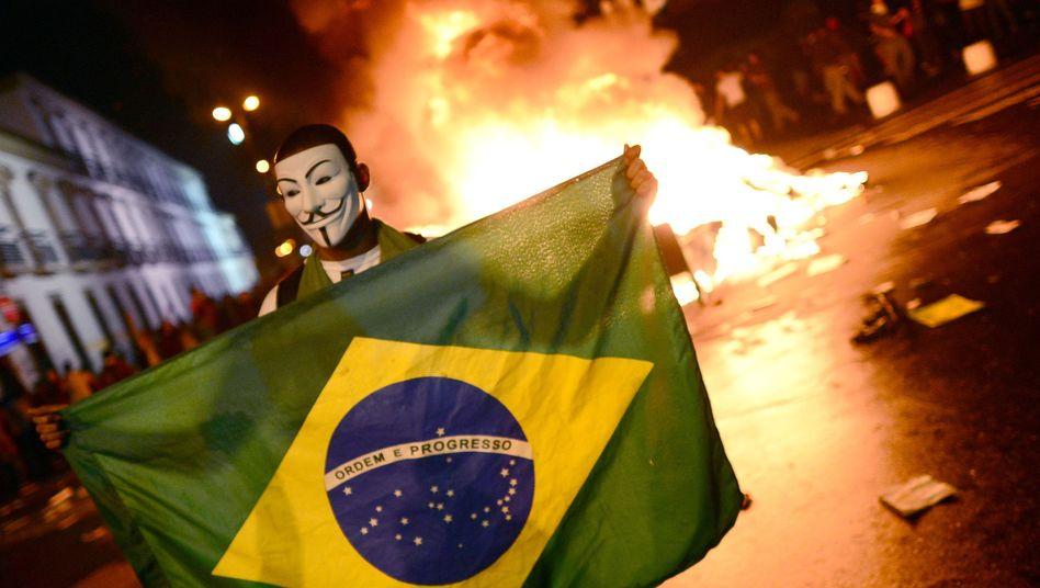 Massenproteste gegen WM und Olympia: Brasilianer erheben sich gegen Milliardensportfeste