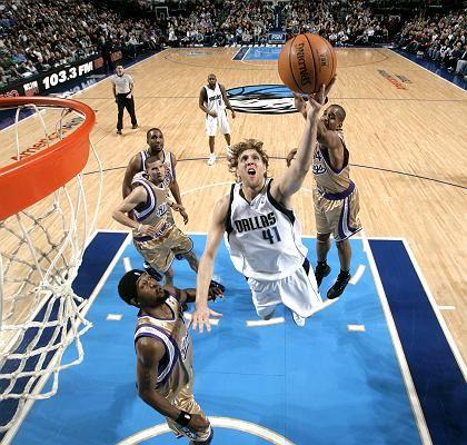 Dallas-Star Nowitzki im Anflug: Entscheidende Punkte