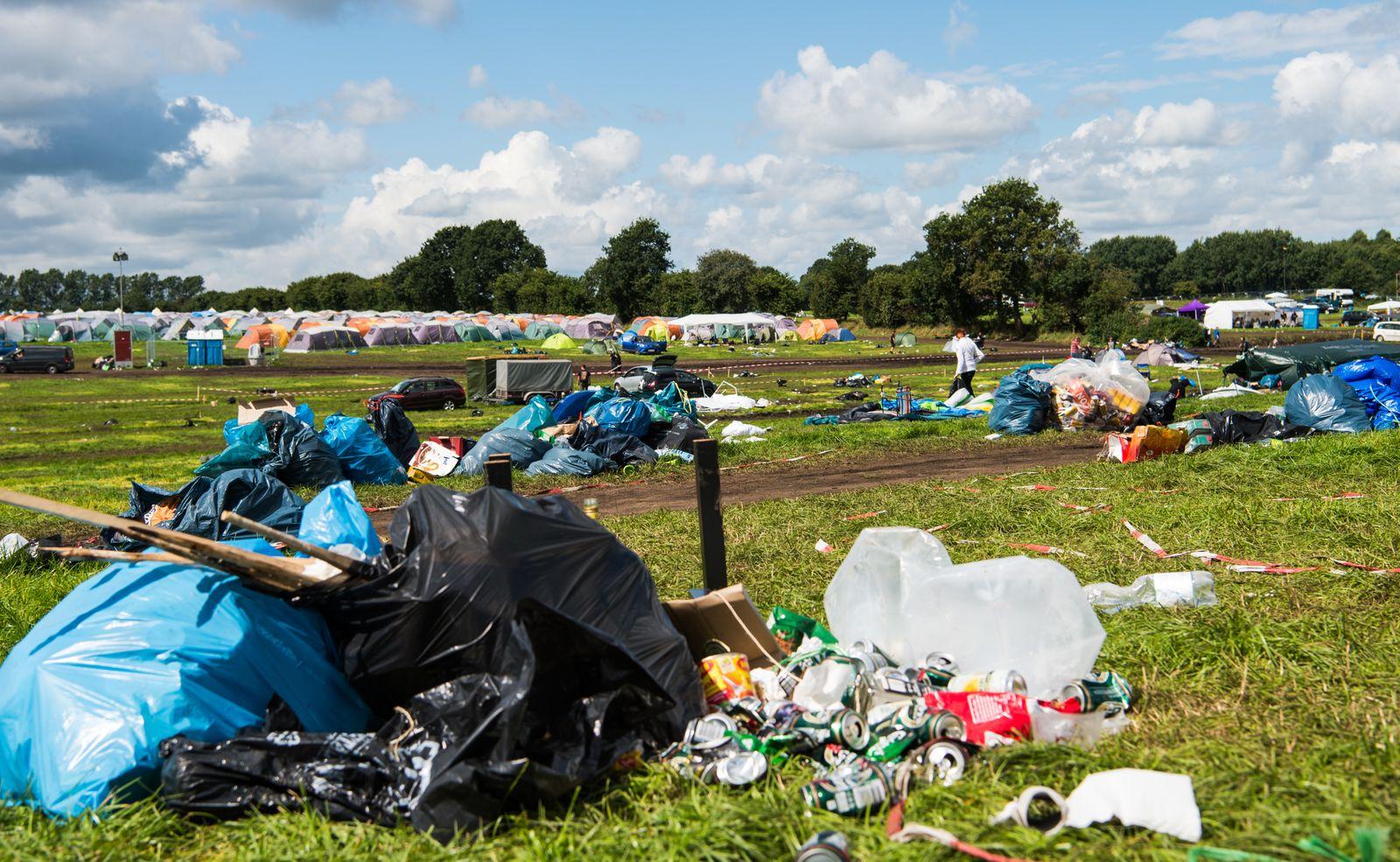 Festivalgelände / Müll