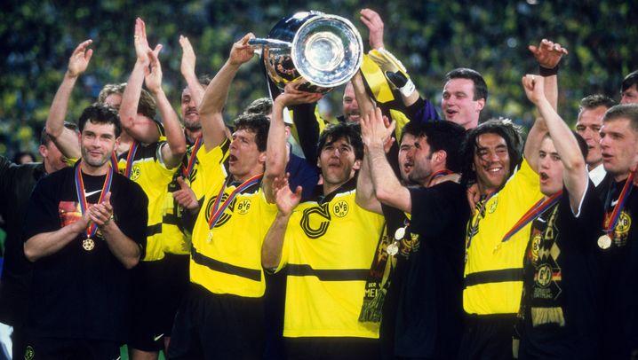 """Triumphe für Schalke und Dortmund: """"Ricken... lupfen jetzt! Jaaaaaaaa!"""""""