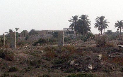Militäranlage al-Kakaa: 350 Tonnen Sprengstoff gestohlen