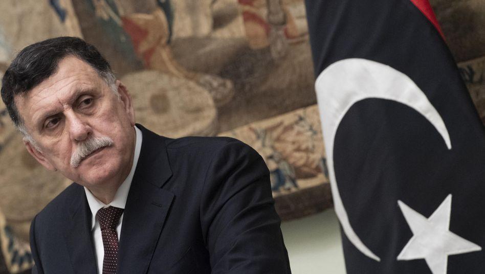"""Libyens Regierungschef Fayez Sarraj (Archiv): """"Politisches Vakuum"""" vermeiden"""