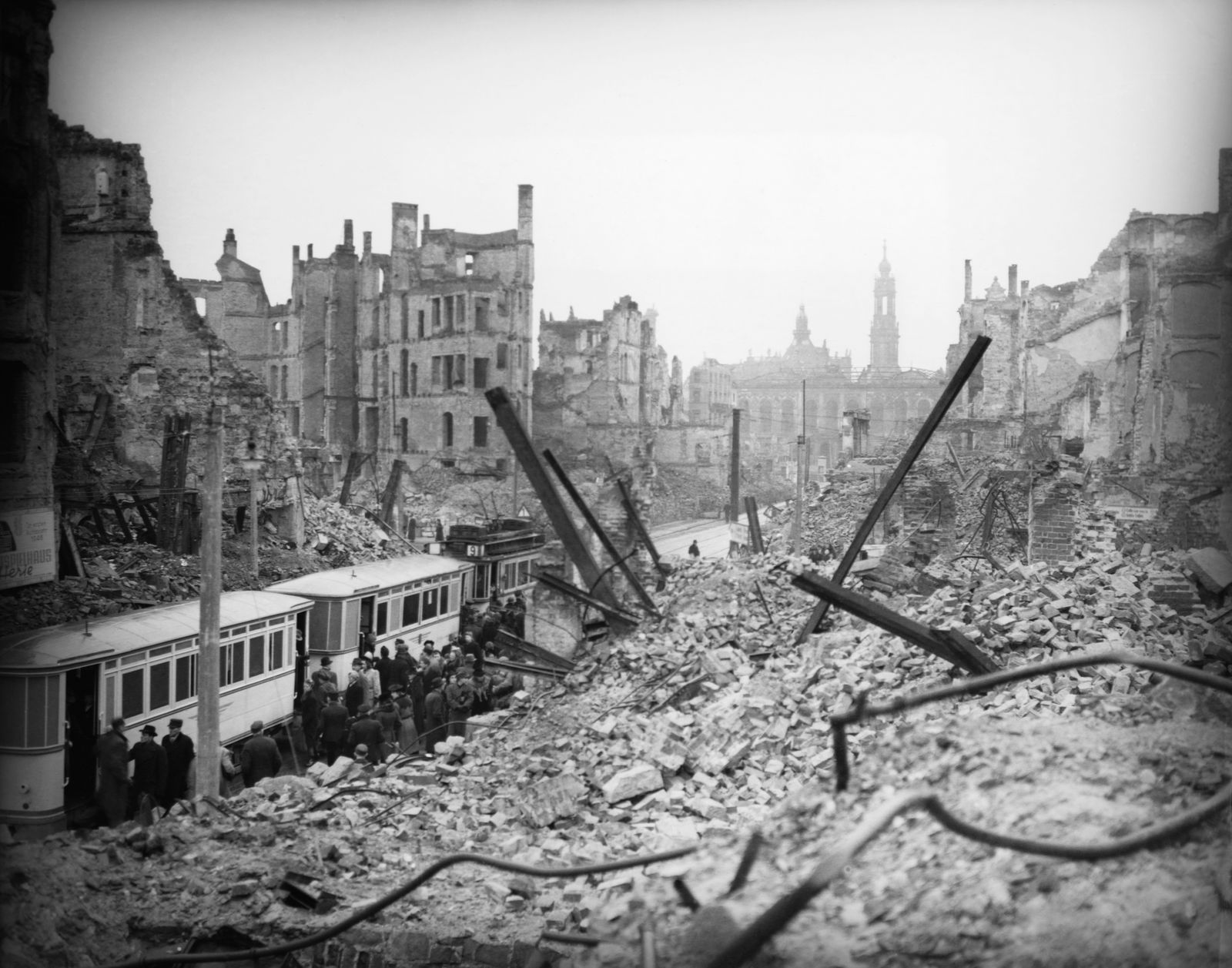Bombardierung Dresden - Dresden After the Bombing