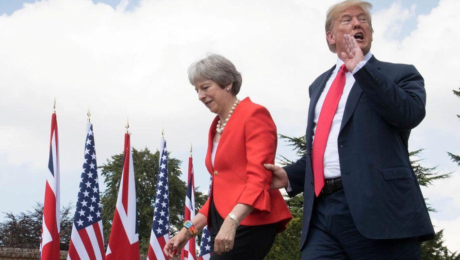 """May und Trump 2018 in Chequers: """"Es war die Queen, die mich am meisten beeindruckt hat"""""""