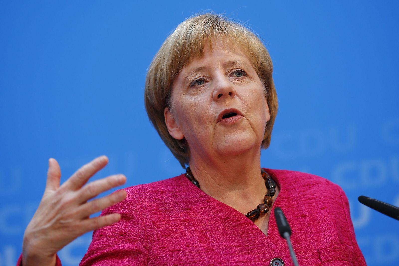 GERMANY-POLITICS/ merkel