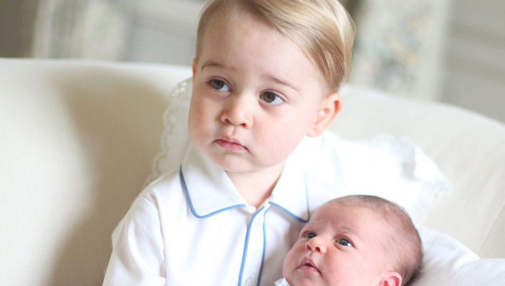 Britisches Königshaus: Offizielle Bilder des kleinen Prinzen
