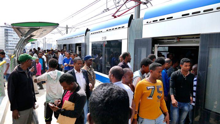 Tram in Addis Abeba: Finanziert, gebaut und gefahren durch Chinesen