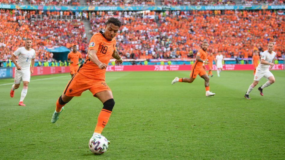 Der niederländische Nationalspieler Donyell Malen steht vor einem Wechsel zu Borussia Dortmund