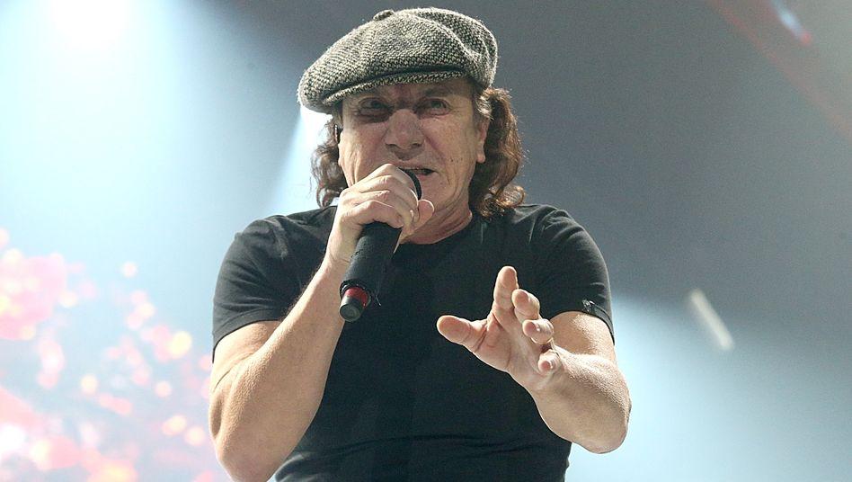 Brian Johnson während eines AC/DC-Konzerts in Houston im Februar 2016