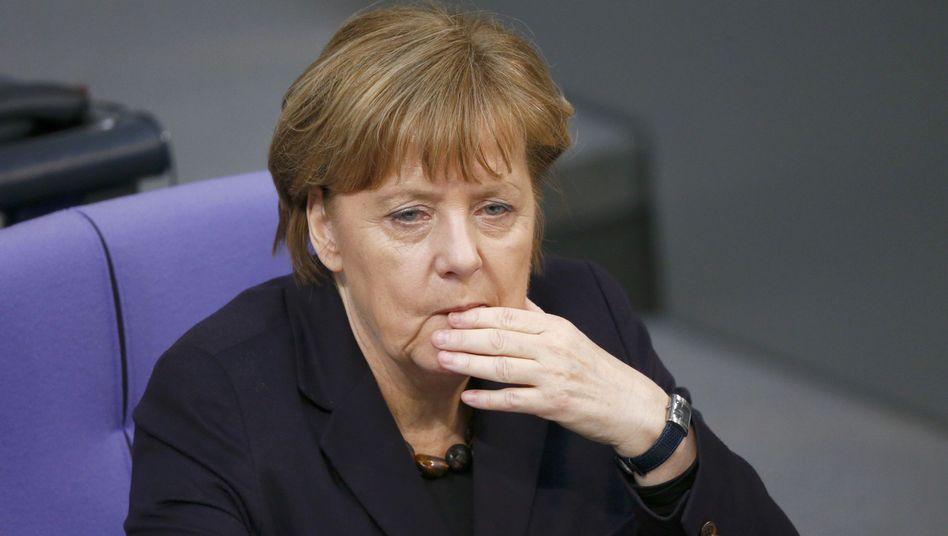 Merkel im Bundestag: Widerstand wächst