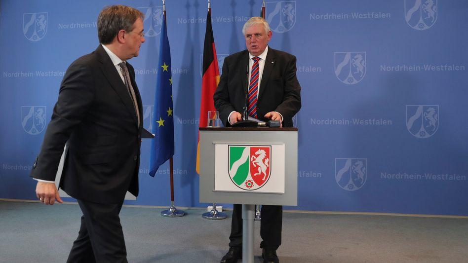 "Nordrhein-Westfalens Gesundheitsminister Karl-Josef Laumann, Ministerpräsident Armin Laschet (l.): ""bundestreu"""