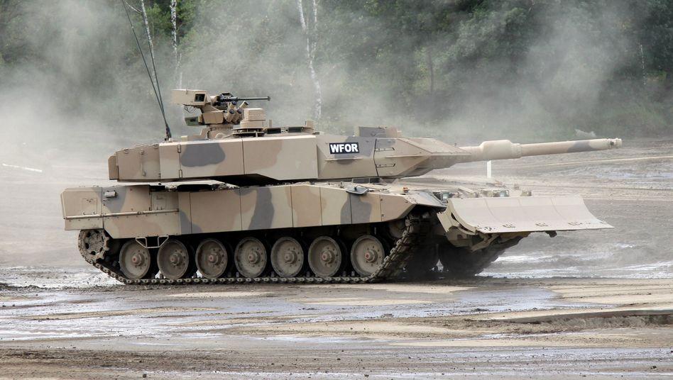 """Kampfpanzer Leopard 2 A7+ der Firma KMW: """"Nicht mit Rüstungsexporten belohnen"""""""