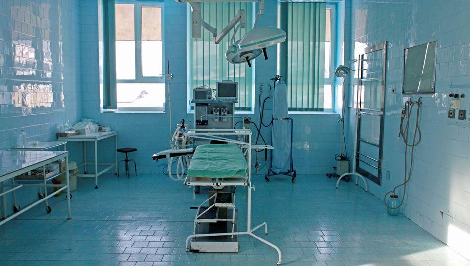 Ein Operationssaal im Krankenhaus in Borsa in der rumänischen Region Siebenbürgen