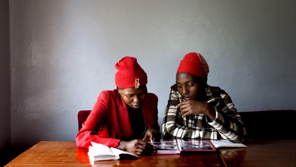 Für Mädchen erhöht sich während der Pandemie das Risiko, beschnitten zu werden – manche flüchten sich in Notunterkünfte
