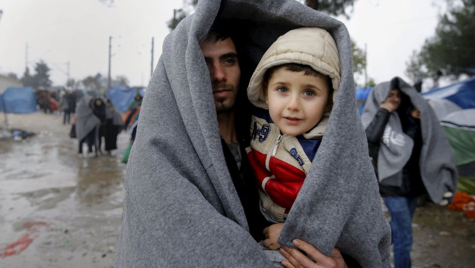 Flüchtlinge (an der griechisch-mazedonischen Grenze): EU hofft auf Hilfe aus Ankara