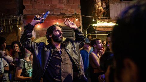 Flávio Tolezani als Victor: Krieg gegen das Koks, Kapitulation vor dem Koks