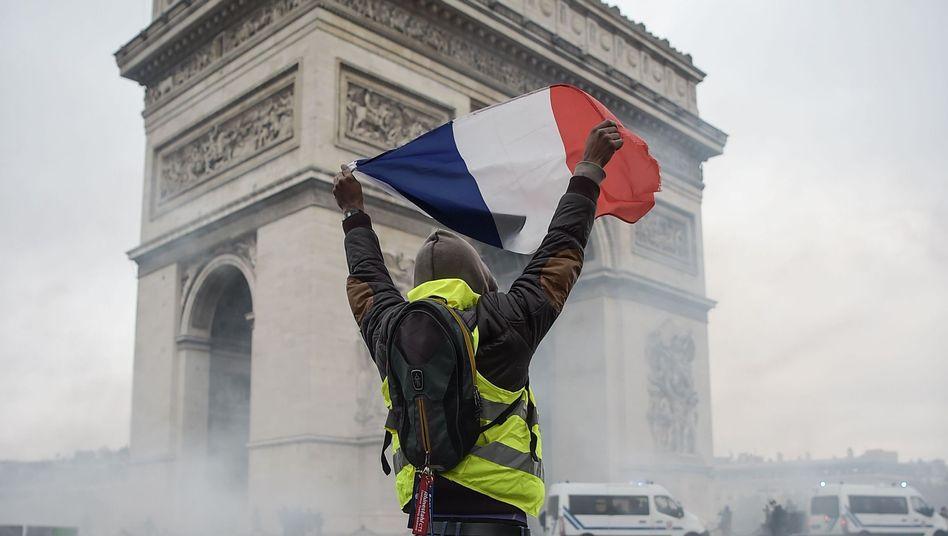 Gelbwesten-Proteste in Paris: Einiges ist für die Autorin sehr eindeutig