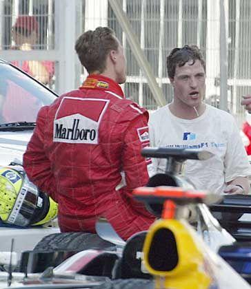 Kerpener Blitzanalyse: Während Ralf Schumacher (r.) mit seiner Fahrt in Sepang zufrieden sein konnte, wird sich Bruder Michael einige Kritik gefallen lassen müssen