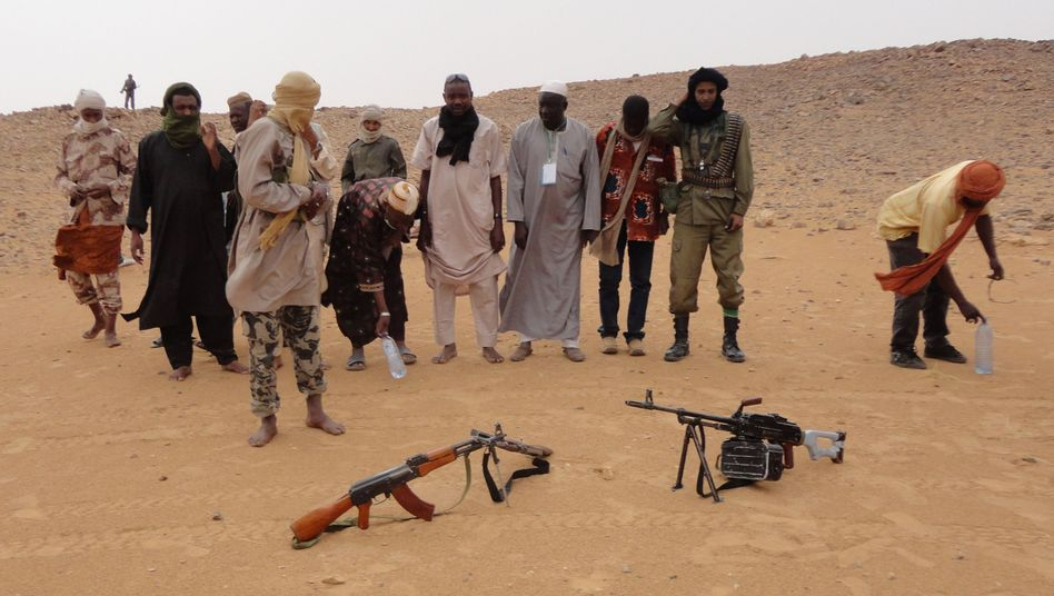 Bewaffnete Islamisten in Mali (Archivaufnahme): Verbindungen zu al-Qaida