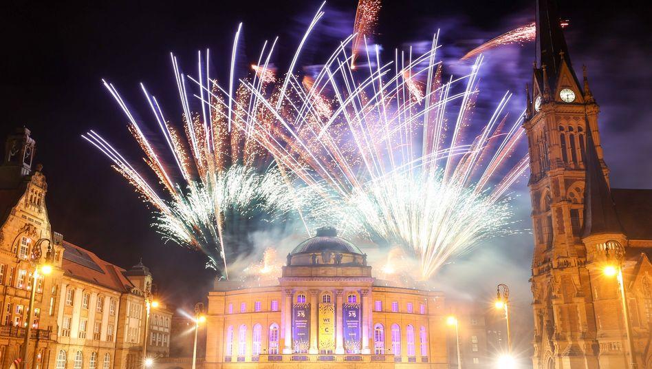 Mit einem Feuerwerk am Theaterplatz feierte Chemnitz im Oktober die Ernennung als Kulturhauptstadt 2025