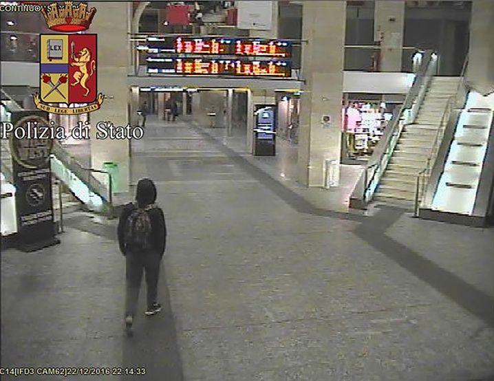 Flüchtiger Amri im Bahnhof von Turin