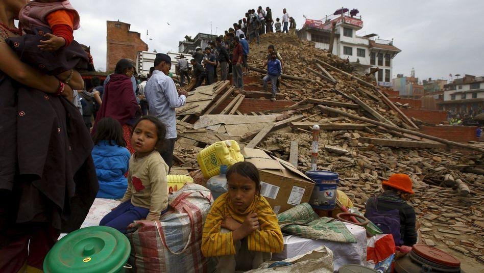 Trümmer auf dem Durbar-Platz: Historische Bauten zerstört
