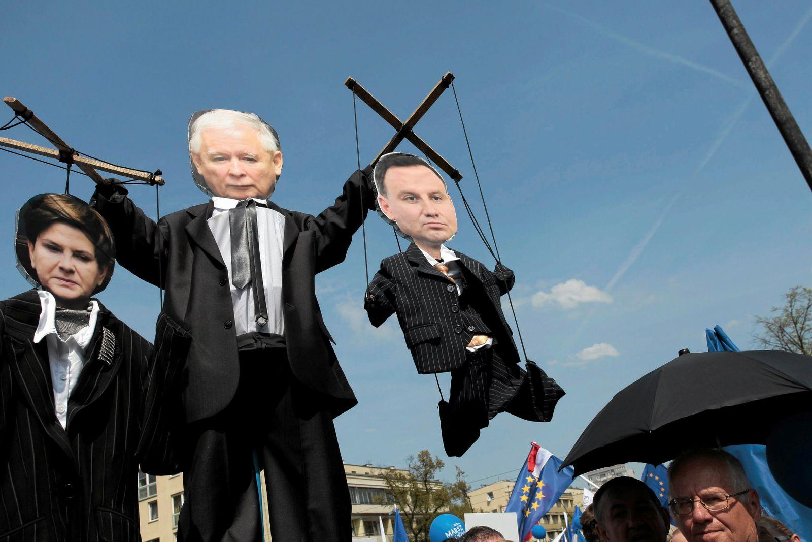 POLAND-POLITICS/