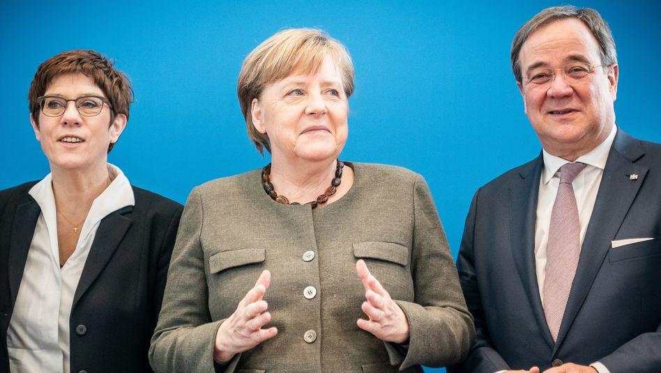 Angela Merkel (M.): Wider Willen die AfD erschaffen