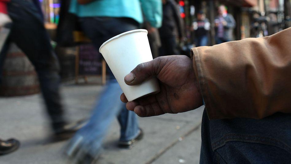 Obdachloser in New York: Wie gerecht ist unser Wirtschaftssystem?
