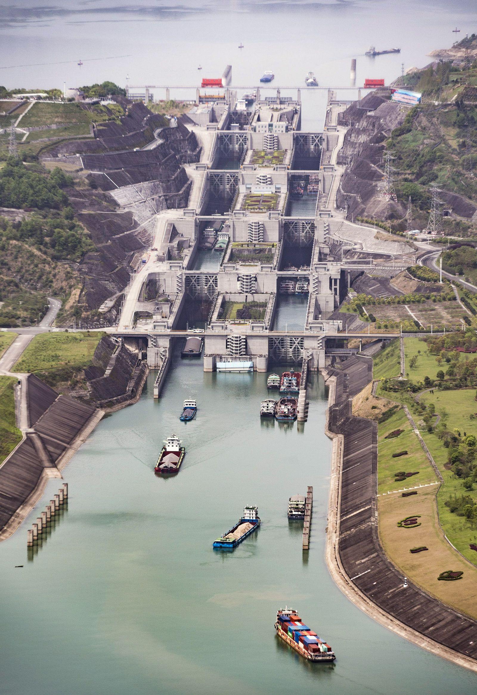 EINMALIGE VERWENDUNG Drei-Schluchten-Staudamm / China