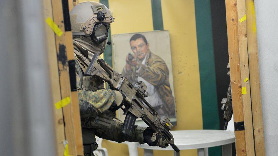 Soldat auf dem KSK-Trainingsgelände in Calw (Archivbild)