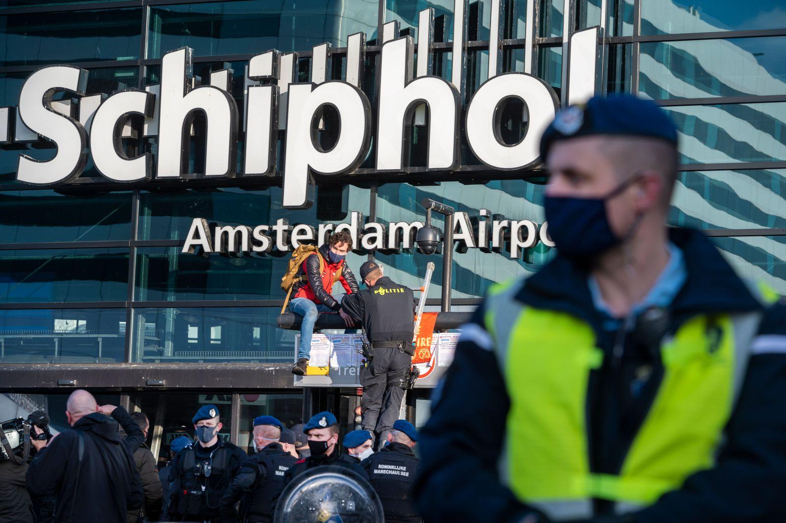 Extinction Rebellion protest at Schiphol Airport, Netherlands - 18 Dec 2020