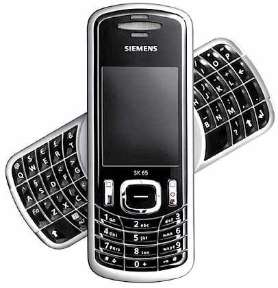 Das Smartphone mit dem Drehkreuz: Zwar hat es keine Digitalkamera, dafür ist das Siemens SK65 mit Blackberry-Funktionen wie E-Mail-Push-Dienst oder Adressenverwaltung ausgestattet. Im November soll das Smartphone auf den Markt kommen