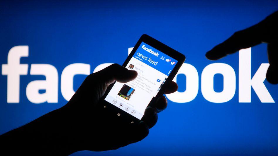 Facebook, Smartphone: Versehentlich Telefonnummern verraten