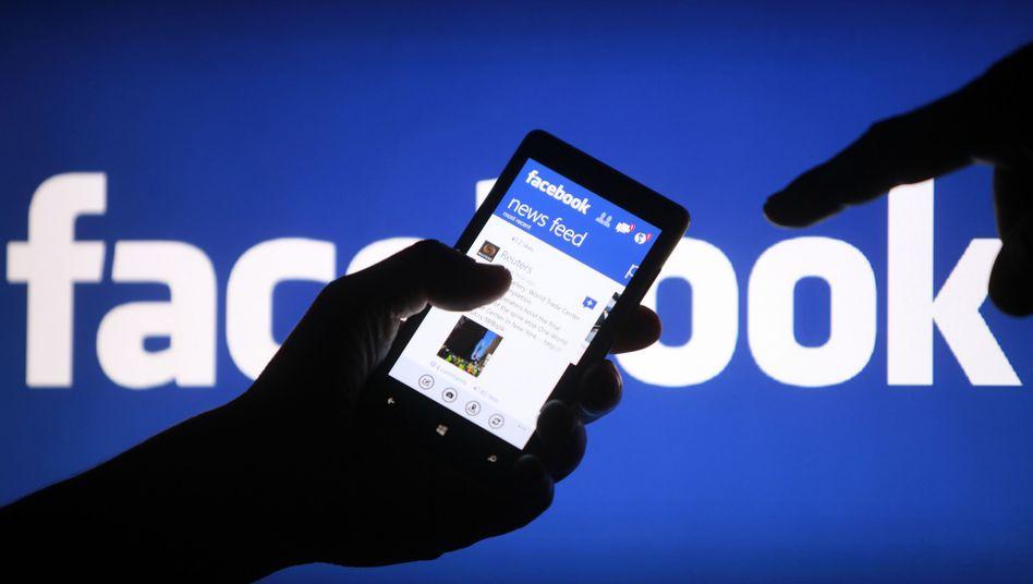 Facebook-Newsfeed: Möglicherweise bald mit TV-Werbung angereichert