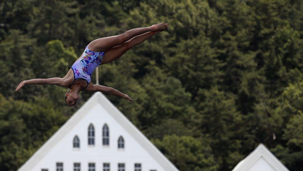 Klippenspringer bei der WM: Mit 80 Sachen in die Tiefe