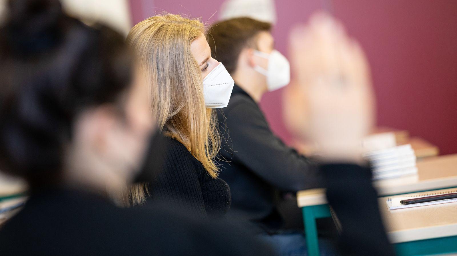 Coronavirus - Vor Beginn der Abiturprüfungen in Niedersachsen