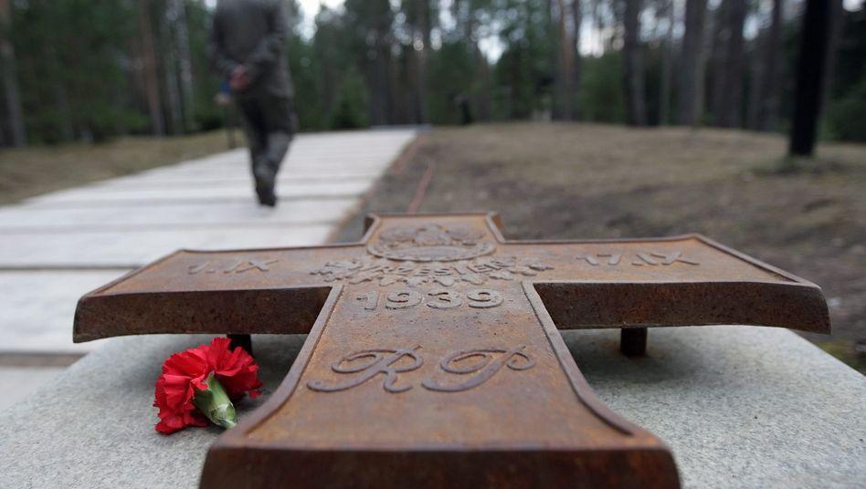 Mahnmal des Massakers von Katyn: Keine Einsicht in die Ermittlungsakten