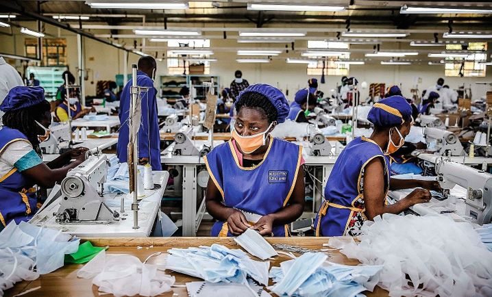 The production of masks in Kenya