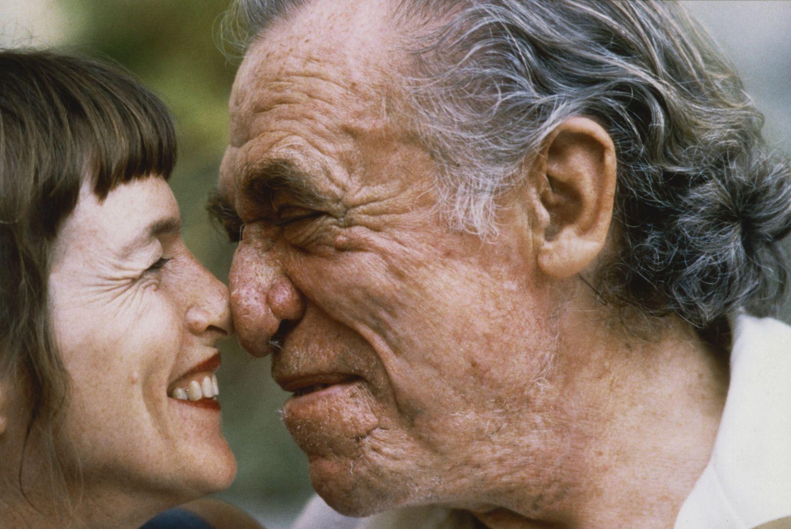 Bukowski, Charles mit seiner Frau Linda