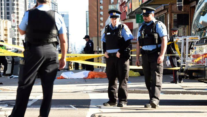 Fotostrecke: Todesfahrt in Toronto