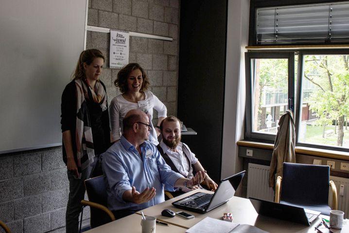 Ulbrich mit Team
