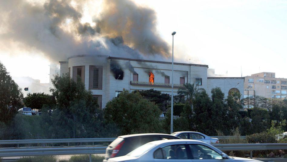 Anschlag auf Libyens Außenministerium in Tripolis