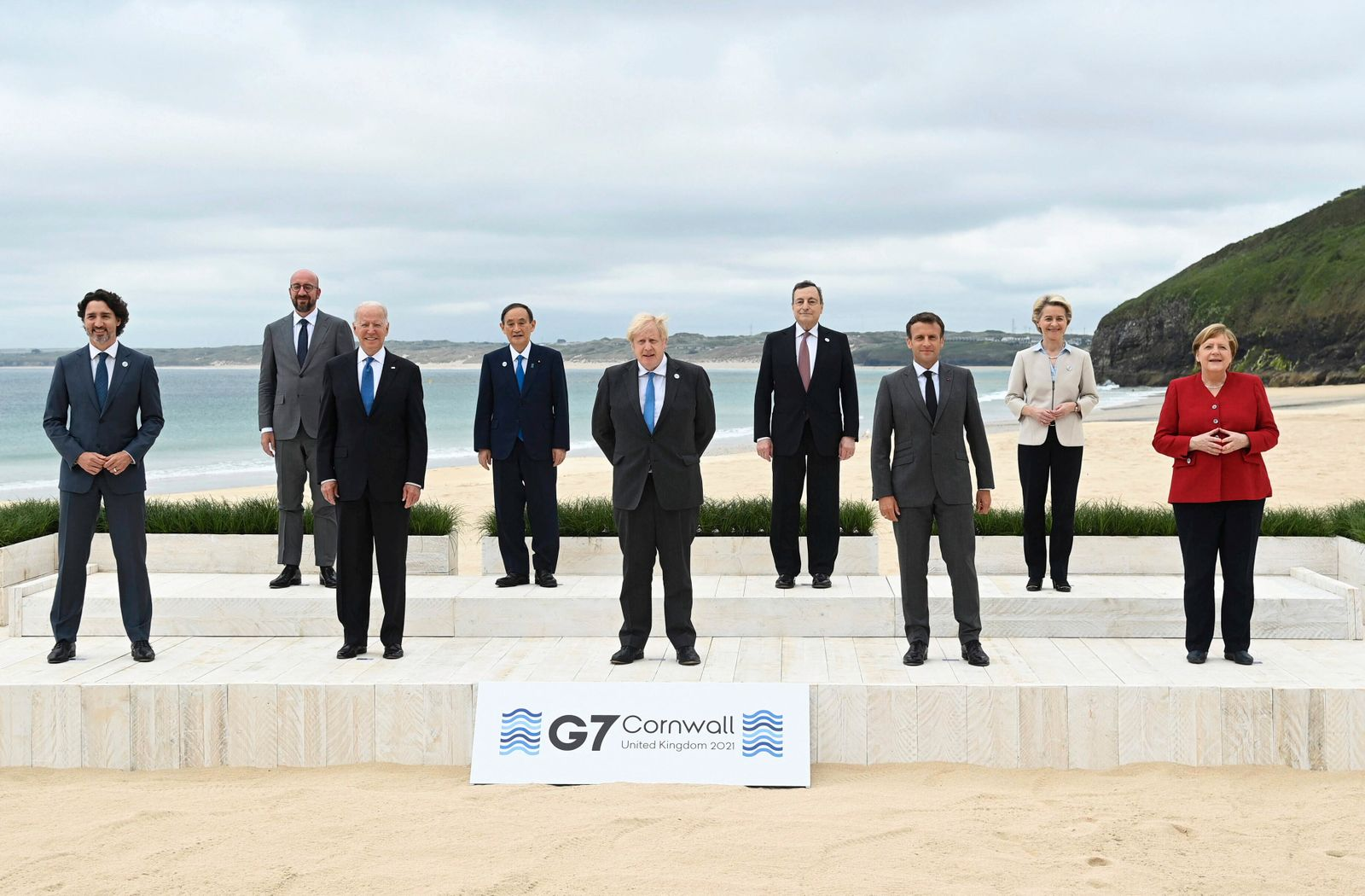 (Back row L to R) EU Council President of the European Council Charles Michel, Japanese Prime Minister Yoshihide Suga,