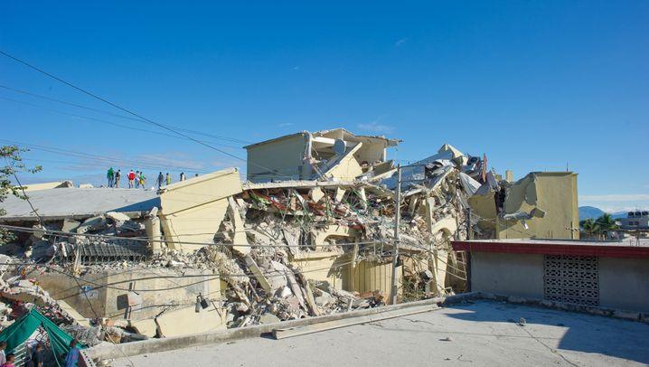 Vorher-nachher-Bilder: Was das Beben in Haiti angerichtet hat